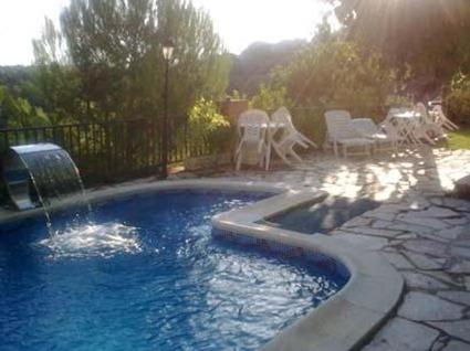 Piscinas archives decoraci n 10 for Mantenimiento piscina agua salada