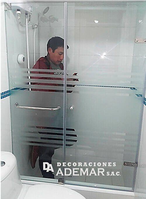 Puertas de duchas en vidrio templado puertas para tinas for Puertas vidrio templado corredizas