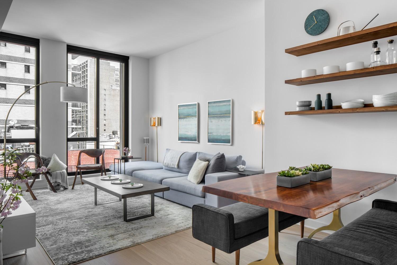 Before & After: A Well-Manicured Minimalist Apartment ... on Minimalist Room Design  id=95140
