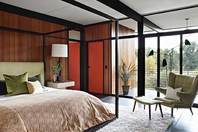 современный дизайн интерьера спальни середины века