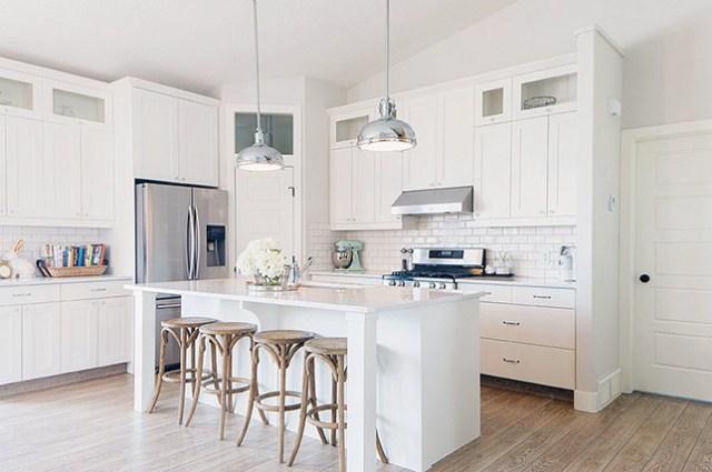 all-white-kitchen-renovation-trends-2019