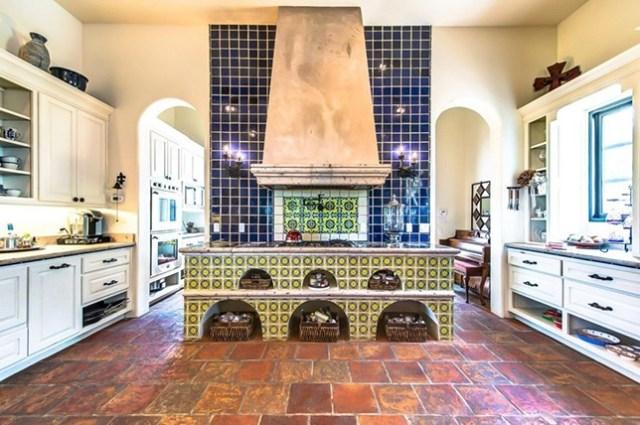 spanish-tile-kitchen-renovation-trends-2019
