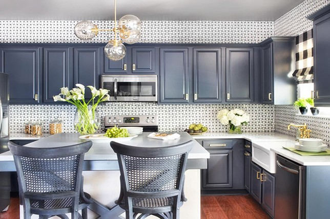 Kitchen Wall Decor Ideas   Bring Your's To Life With Ease ... on Modern Kitchen Decorations  id=89960