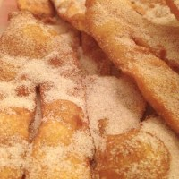 Coscorões/Portuguese fried dough