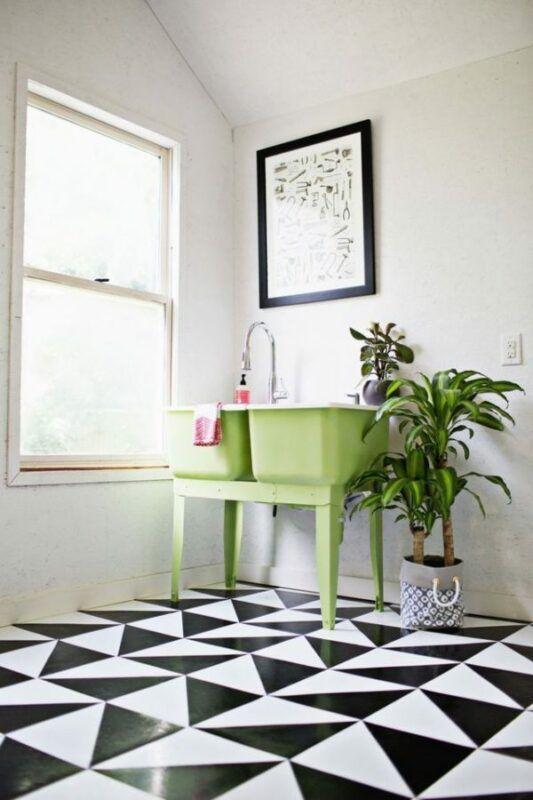 DIY para un suelo en blanco y negro