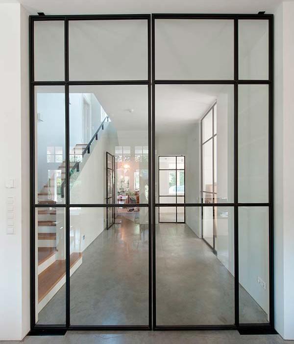 Puertas de cristal con estilo industrial