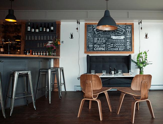 Por qué decorar con mobiliario de hostelería