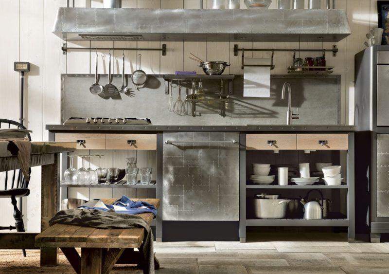 Cocina renovada de estilo industrial