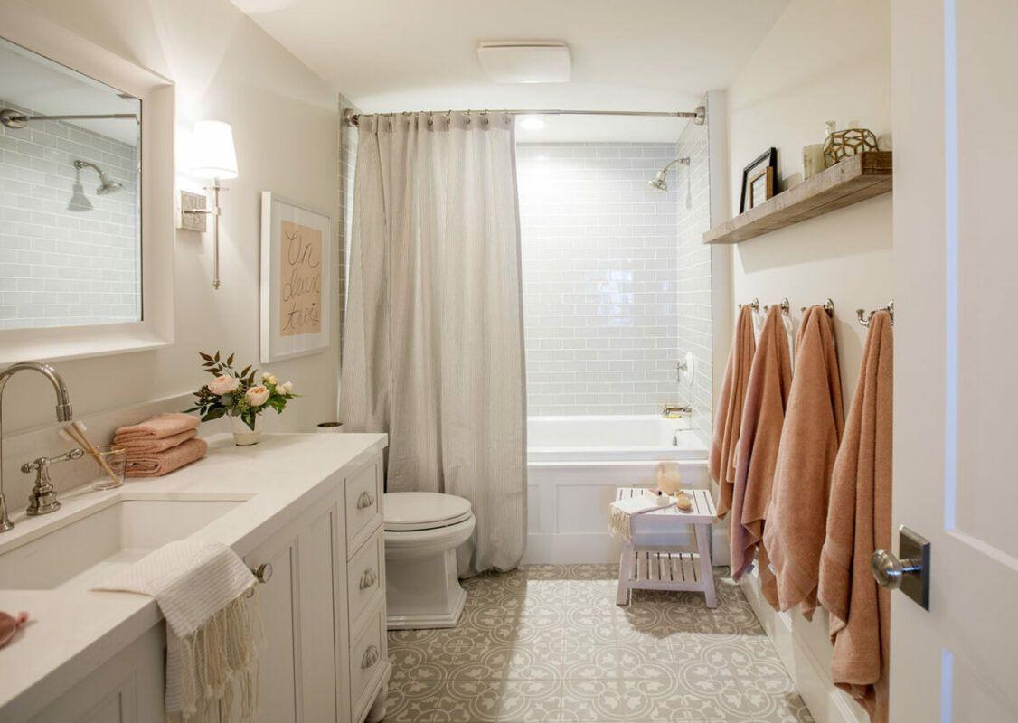Baño en la casa de Jillian Harris
