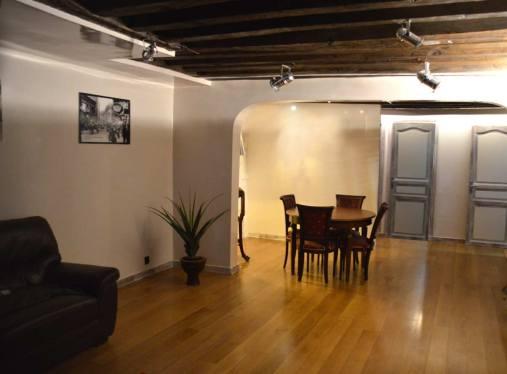 peintre en bâtiment le loft style industriel avec poutres napoléoniennes