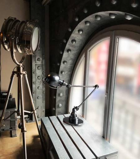 rénovation décoration de magasin avec arche boulonnée