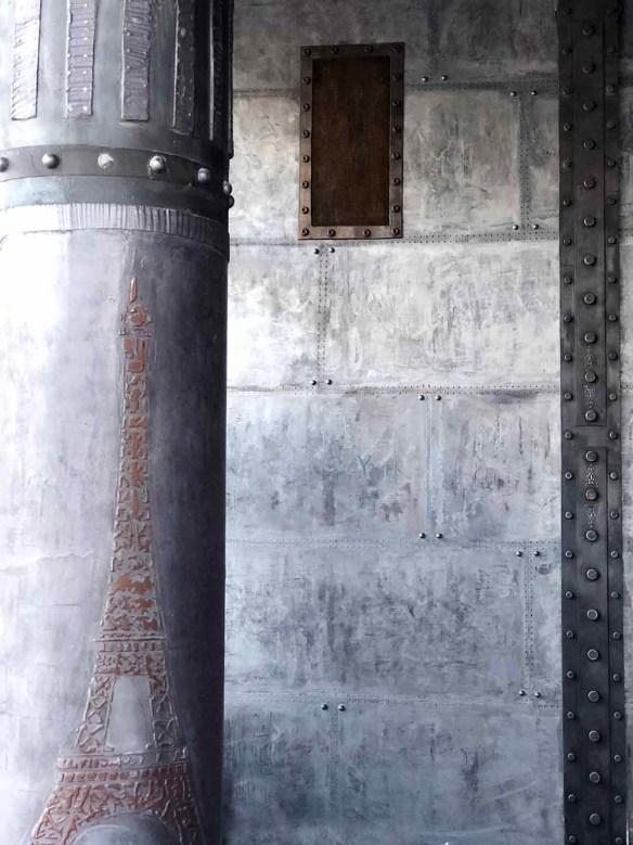 restaurant style industriel avec colonne style eiffel