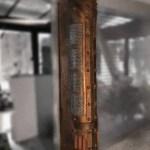 colonne customisée indus, underground et futuriste