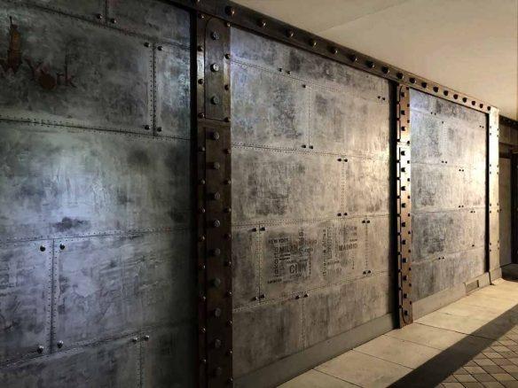 murs métal au style industriel et IPN style Eiffel