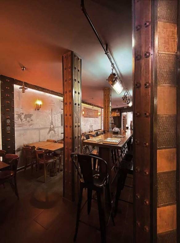 Décorateur restaurant et IPN style Eiffel