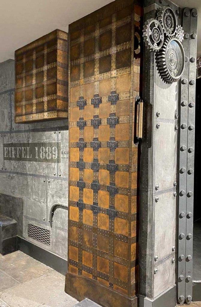 Murs métal restaurant style industriel