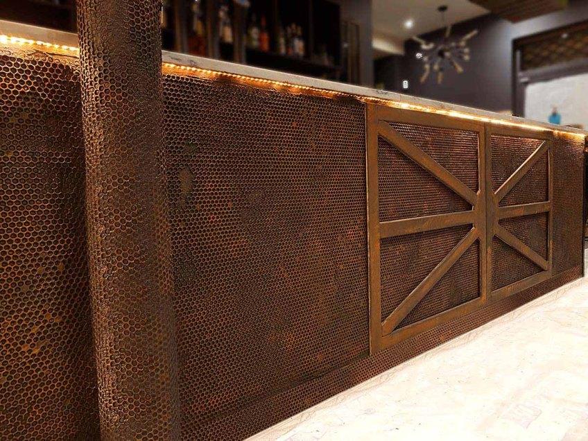 comptoir de bar métal style industriel