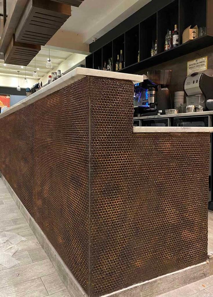 décorateur comptoir de bar style industriel