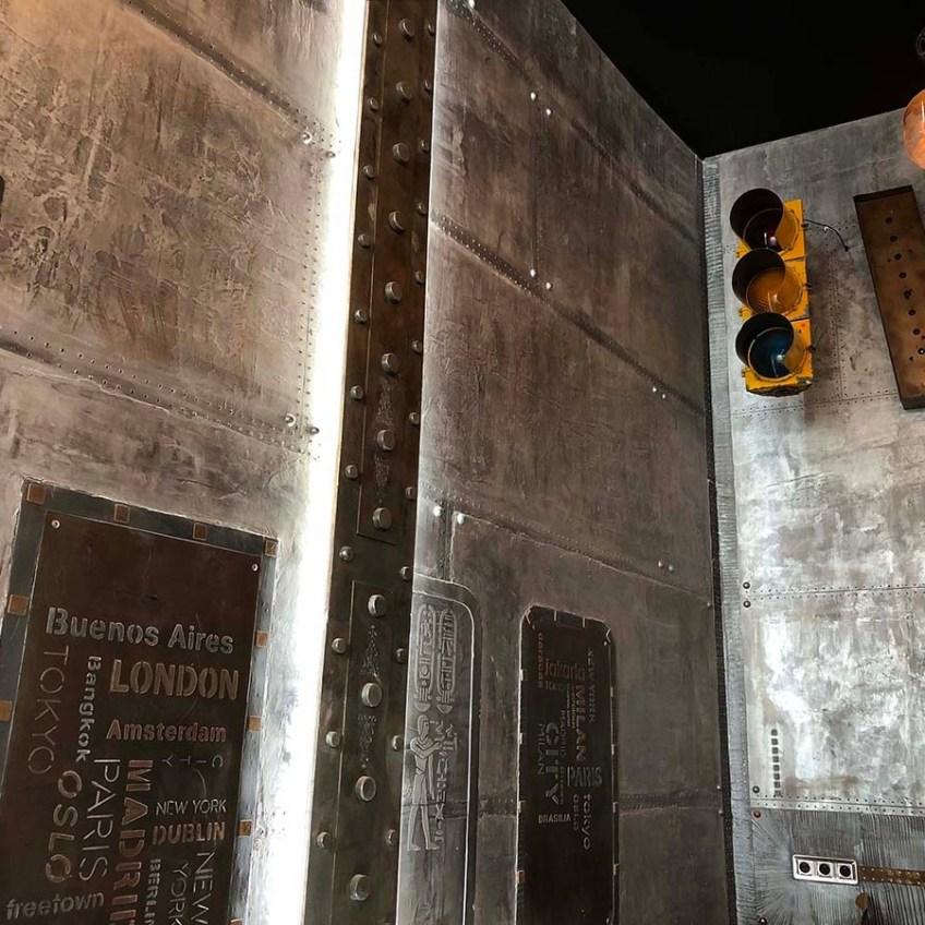 mur décoration murs métal et IPN style Eiffel