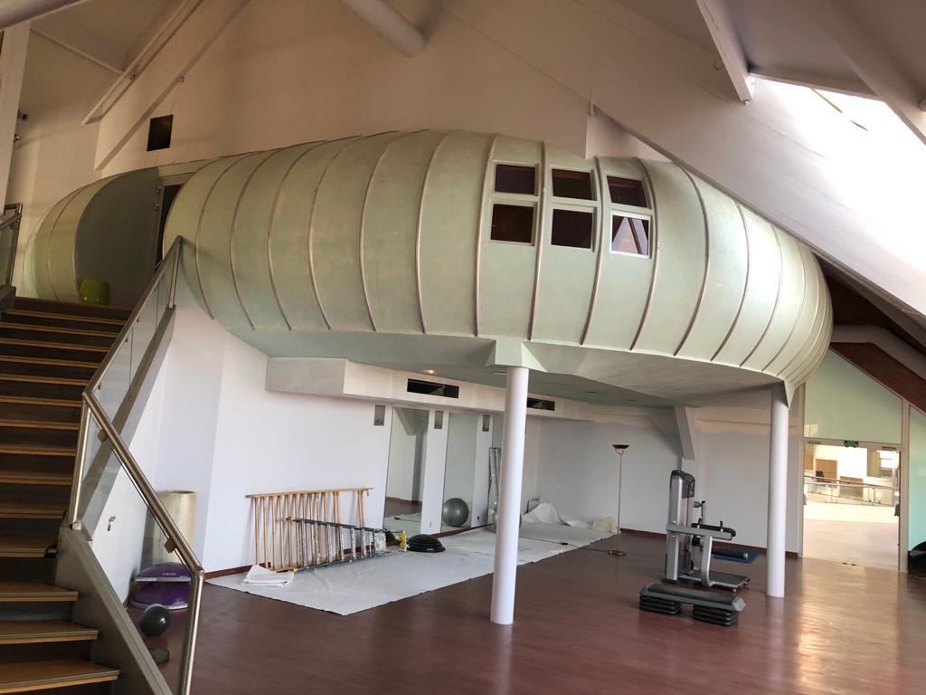 Salle de cardio training et de yoga aux Pyramides de Port Marly avant travaux