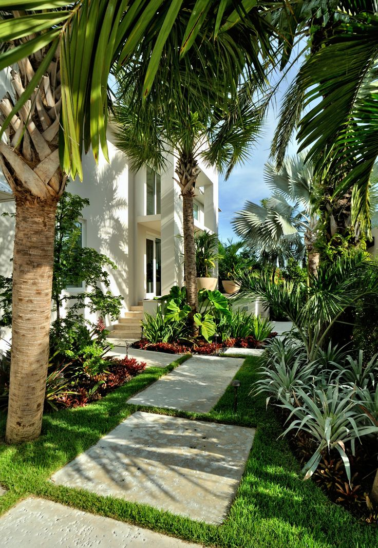 25 Tropical Outdoor Design Ideas - Decoration Love on Tropical Backyards  id=34865