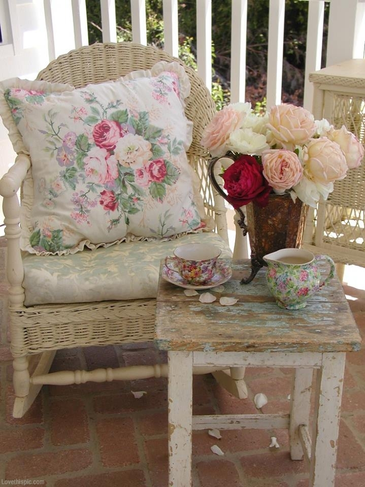 25 Shabby-Chic Style Outdoor Design Ideas - Decoration Love on Chic Patio Ideas id=54327