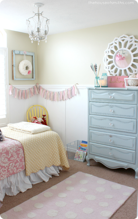 35 Gorgeous Girly Bedroom Design Ideas - Decoration Love on Decoration Room For Girl  id=17511
