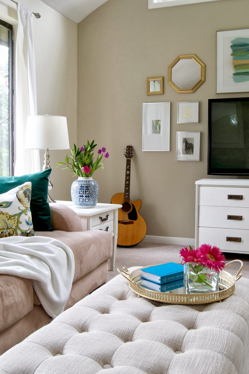 25 Awesome Living Room Design Ideas On A Budget ... on Apartment Decor Ideas On A Budget  id=73806