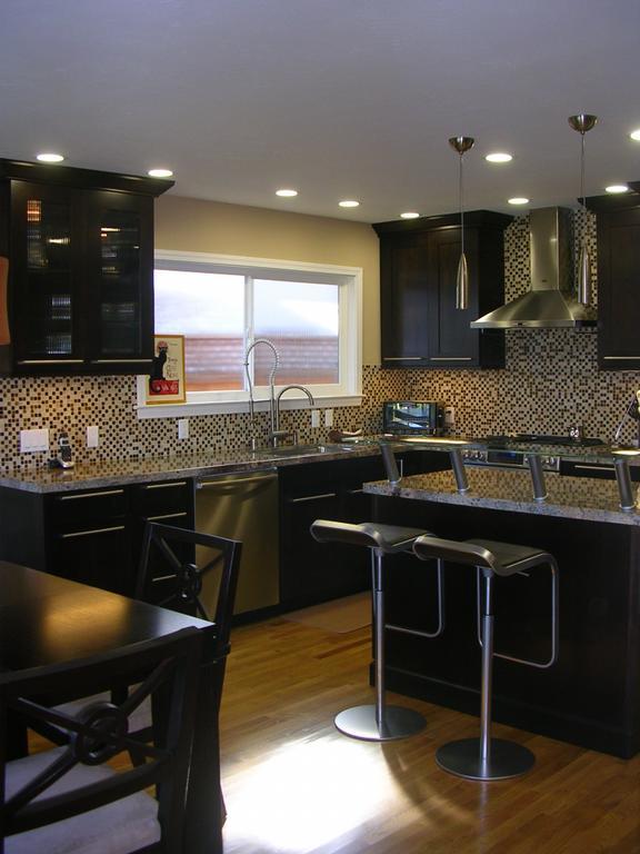 25 Cool Dark Kitchen Cabinets Design Ideas - Decoration Love on Dark Maple Cabinets  id=69939