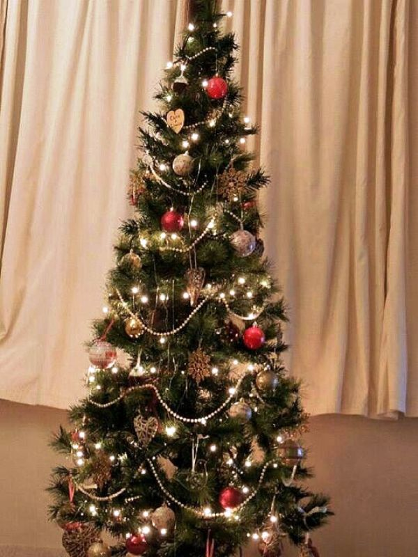 33 Traditional Christmas Tree Decorations Decoration Love