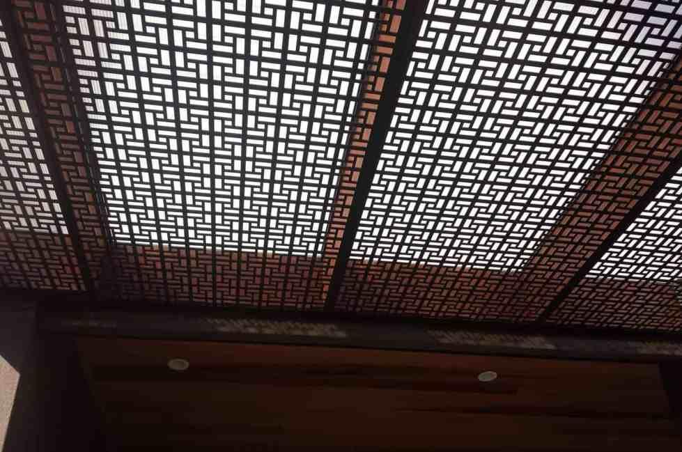 The Vlahos Pergola Roof Screens 2