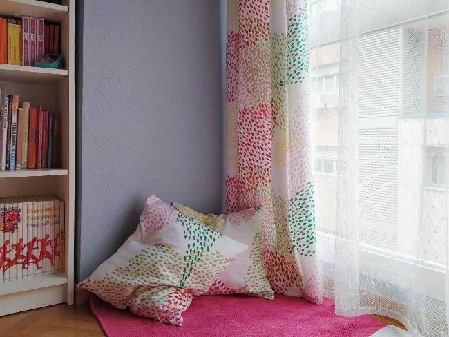 cojines fáciles a juego con tus cortinas