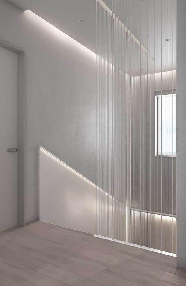 Corredor branco com fita de LED