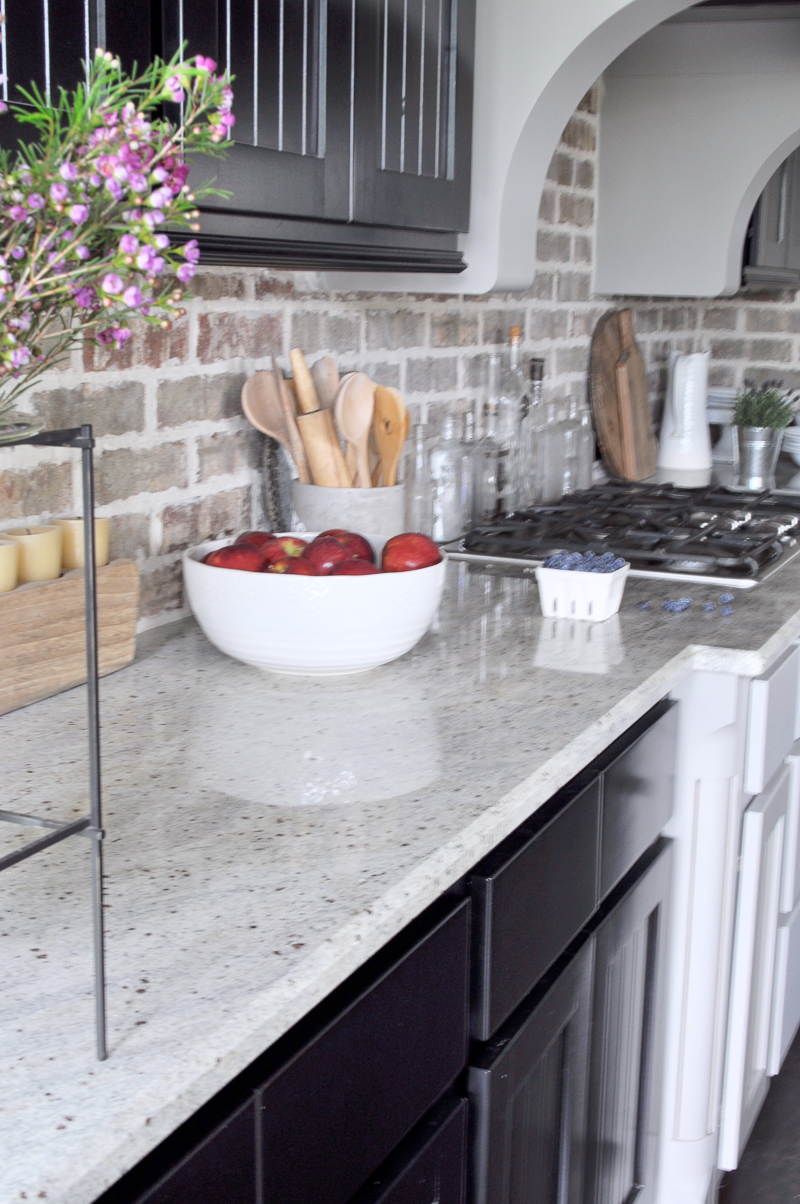 Kitchen Counters: Style Them Like A Pro - Decor Gold Designs on Kitchen Countertop Decor  id=98788