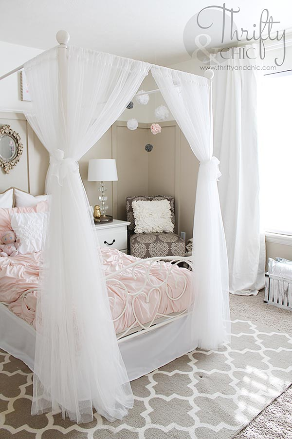 31 Cute Bedrooms For Teenage Girl You'll Love | Decor Home ... on Room Decor Ideas For Teen Girls  id=25205