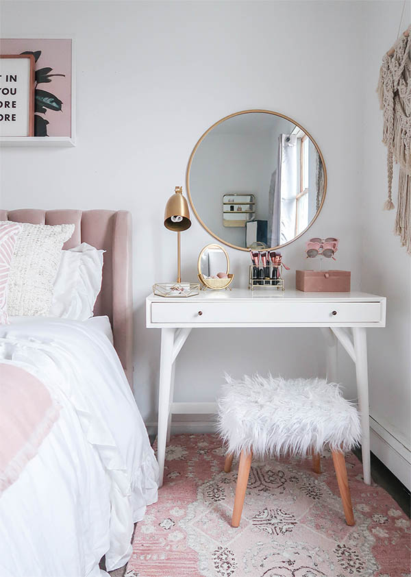 15 Super Cool Vanity Ideas For Small Bedrooms | Decor Home ... on Small Room Decoration  id=12451