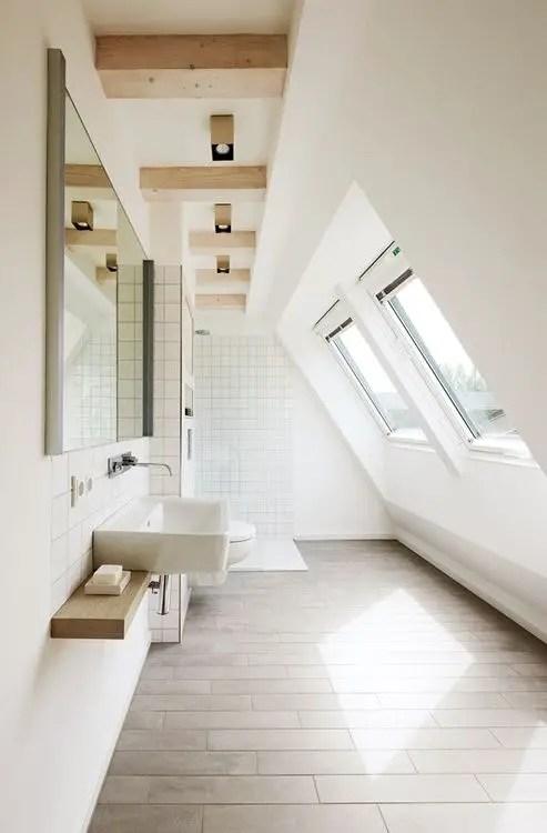 Thiết kế phòng tắm trên gác mái hẹp # phòng tắm # phòng tắm chung cư # phòng tắm #decorhomeideas