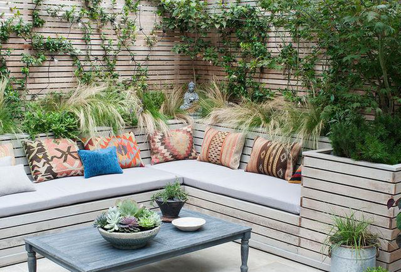 Reasons why outdoor seating is benevolent - Decorifusta on Back Garden Seating Area Ideas  id=26771
