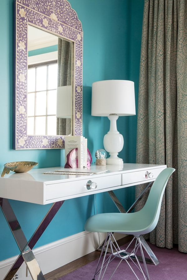 A Teen Bedroom Gets An Entirely New Look Without Changing ... on Mirrors For Teenage Bedroom  id=71003