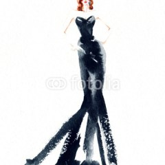 Kobieta w długiej, czarnej sukience