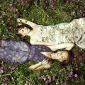 花柄スカートの着こなし・おしゃれな組み合せコーディネート集【海外】