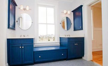 blue-white-bathroom