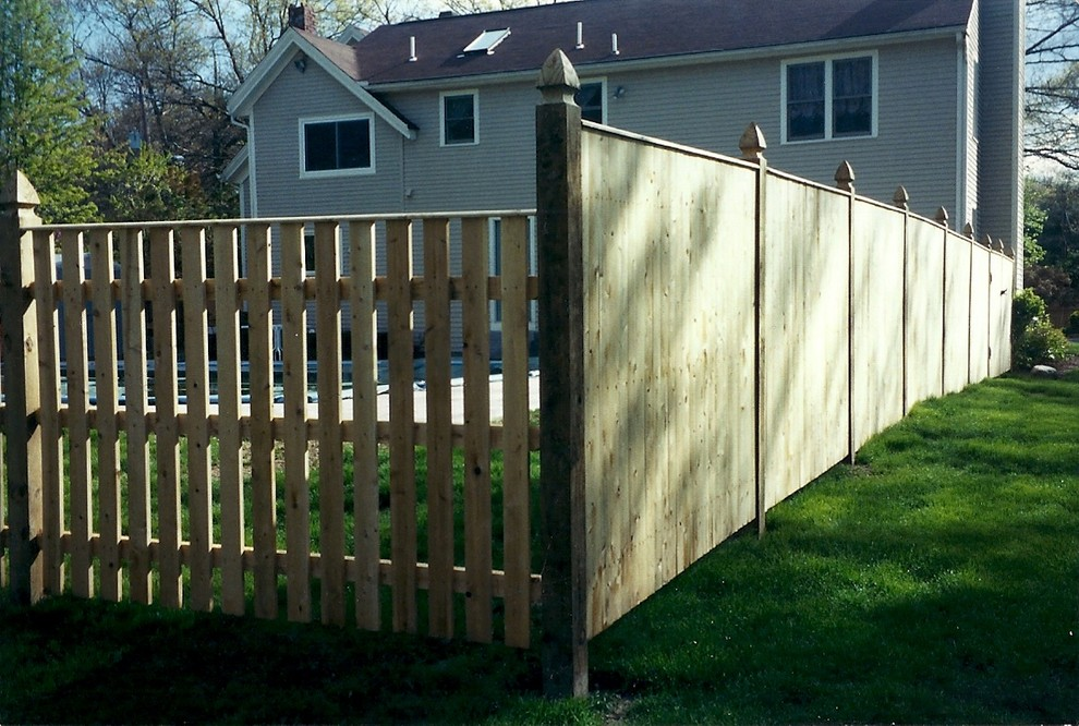60 Best Privacy Fence Ideas for 2018   Decor Or Design on Decorations For Privacy Fence id=41359