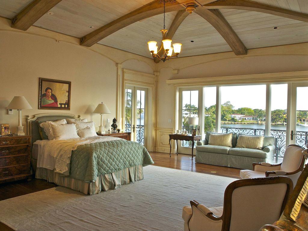 Mediterranean Master Bedroom Ideas For