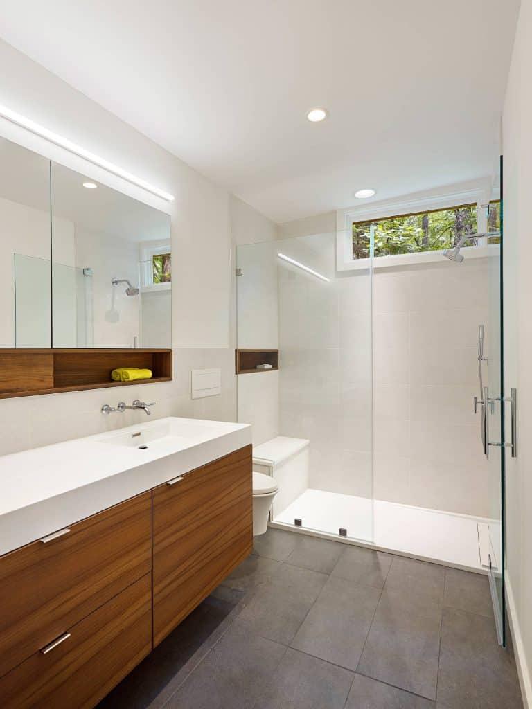 The Top Bathroom Tile Ideas and Photos [A QUICK & SIMPLE ... on Bathroom Tile Designs  id=70485