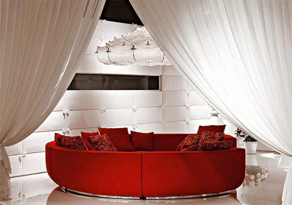 When you purchase through links on our site, we may earn an affiliate commission. What curtain color goes with red sofa?