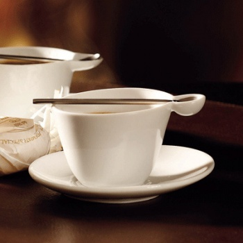 Tasses design -La tasse expresso soucoupe et cuillère Multicup