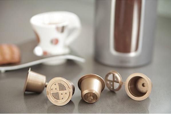 Coffeeduck - Comment remplacer les capsules de votre cafetière Nespresso ?