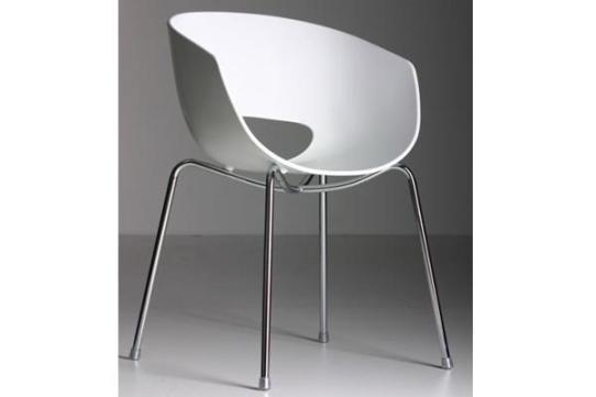 chaise Orbit