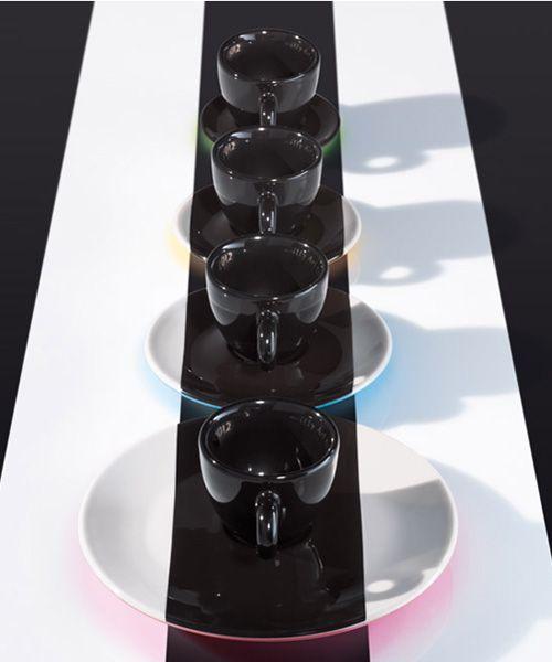 Tasses design -Les tasses à expresso et soucoupes deDaniel Buren